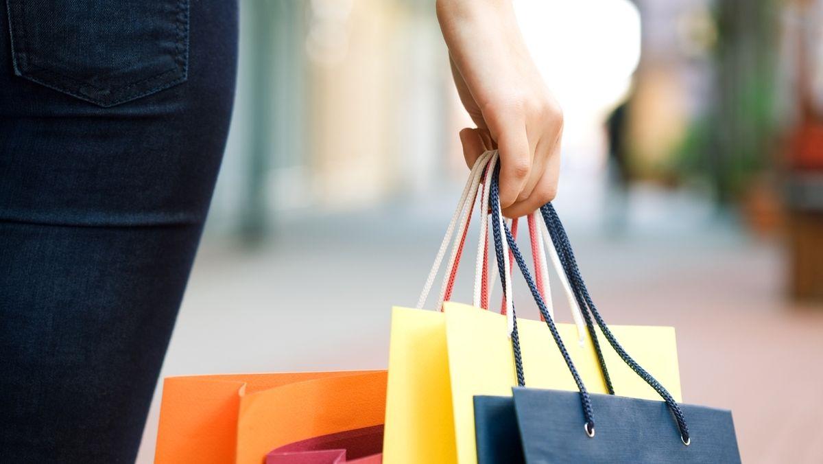 Symbolbild: Einkaufstaschen