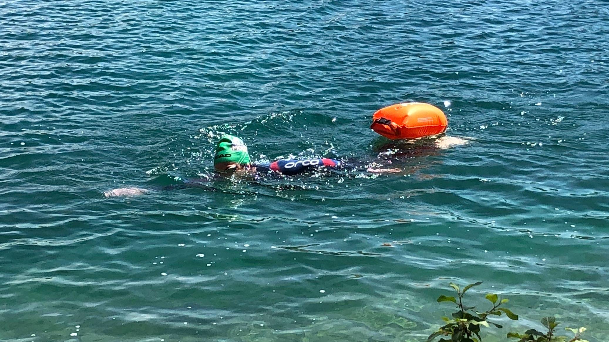 Helfer in der Not: Schwimmbojen gibt es schon für 40 Euro