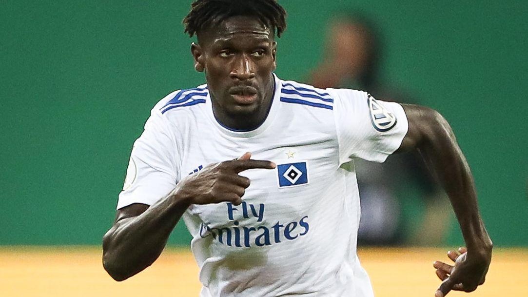 Medienberichten zufolge gibt es Zweifel an der Identität des Hamburger Fußballprofis Bakéry Jatta.