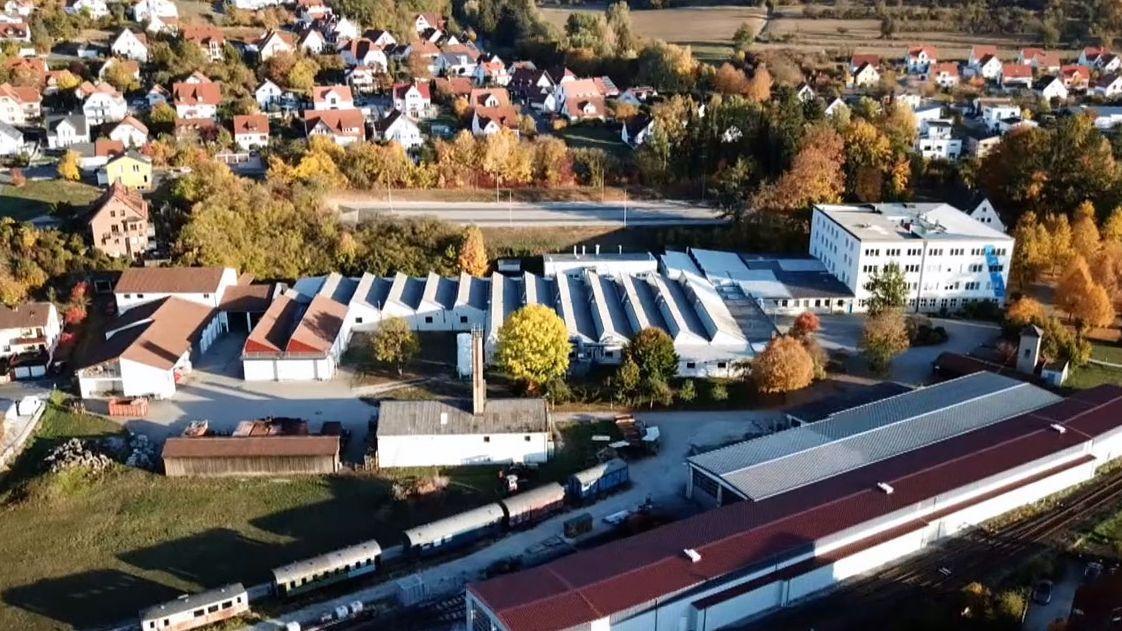 Das Gebäude der Firma Vierling in Ebermannstadt von oben.