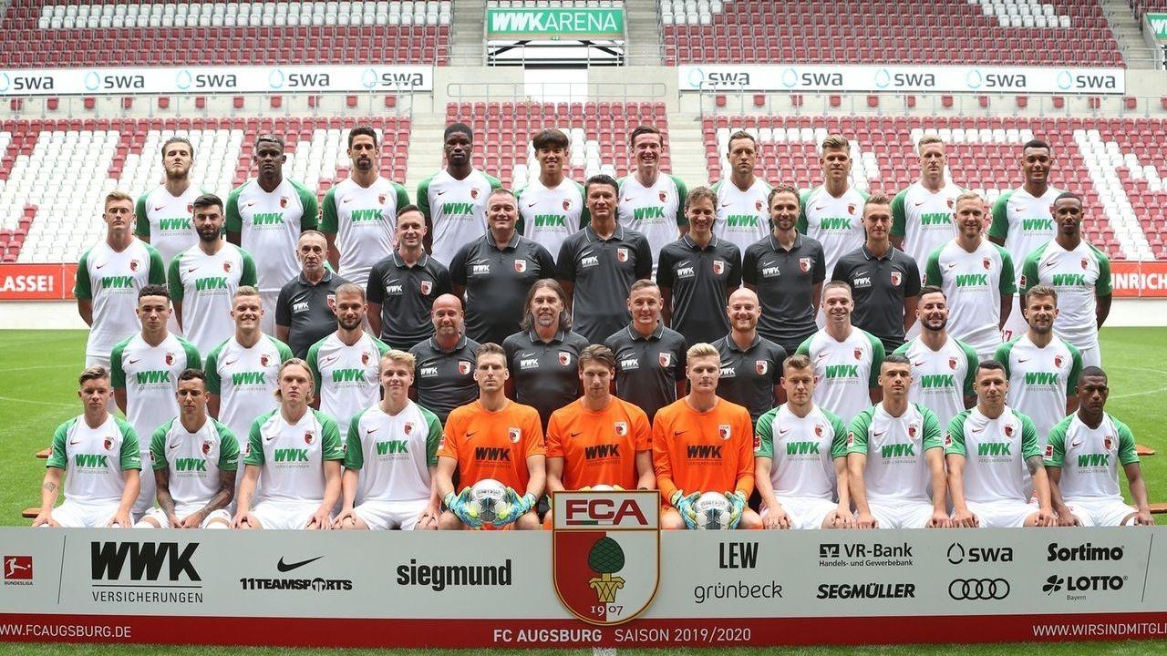 Mannschaftsfoto des FC Augsburg