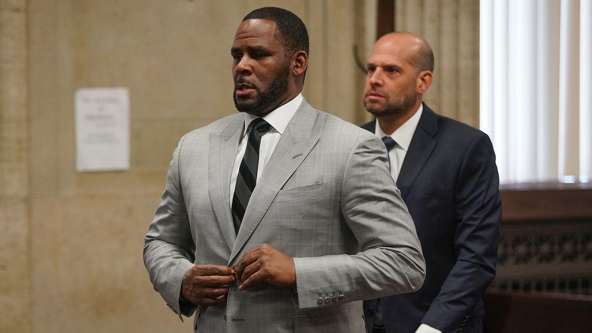 06.06.2019: R. Kelly plädiert auf nicht schuldig am Leighton Criminal Court in Chicago.