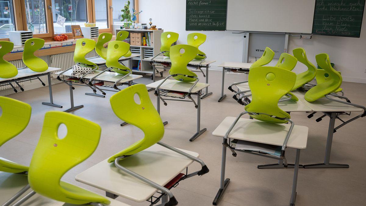 Ein leeres Klassenzimmer (Symbolbild).