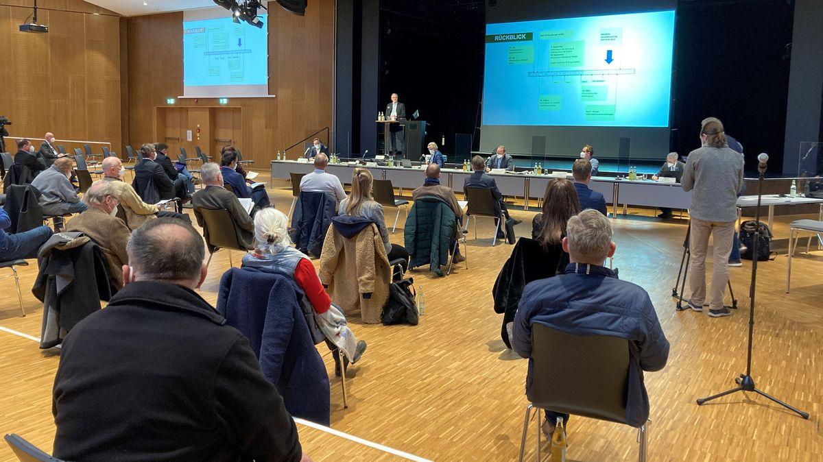 Der erste Masterplan-Entwurf zum geplanten Center Parcs am Brombachsee wird in Gunzenhausen vorgestellt