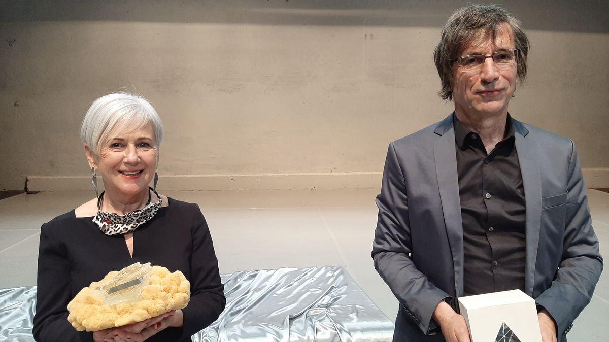 Heidi Wolf und Thomas Muggenthaler bei der Auszeichnung mit dem deutsch-tschechischen Journalistenpreis