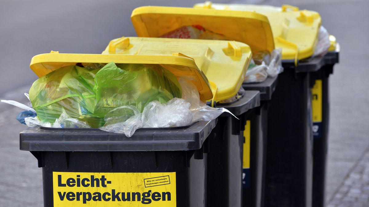 Verpackungsmüll in Tonnen