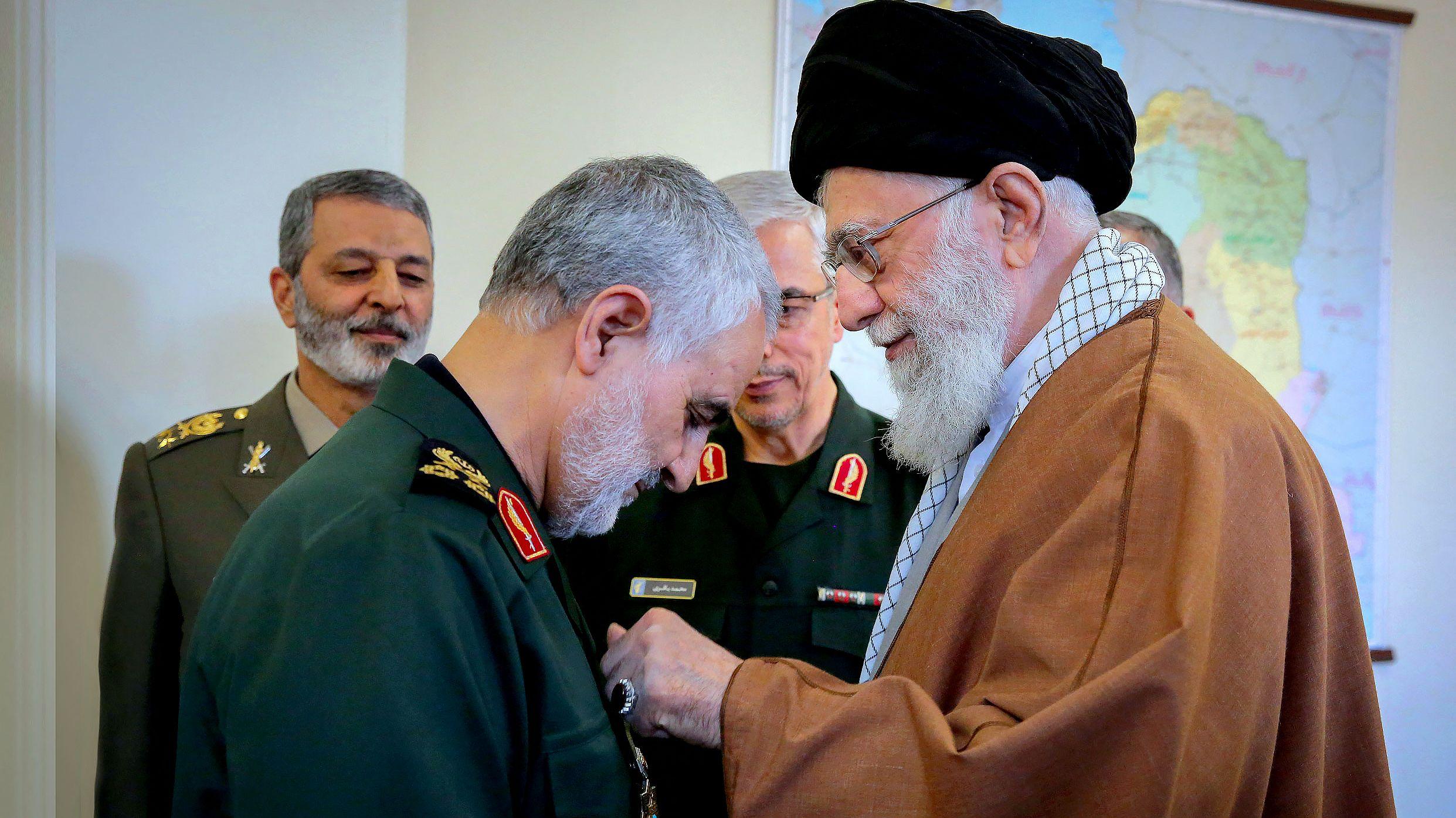 Ghassem Soleimani mit Ajatollah Ali Chamenei