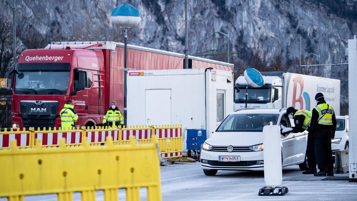 Grenzkontrolle in Kiefersfelden.