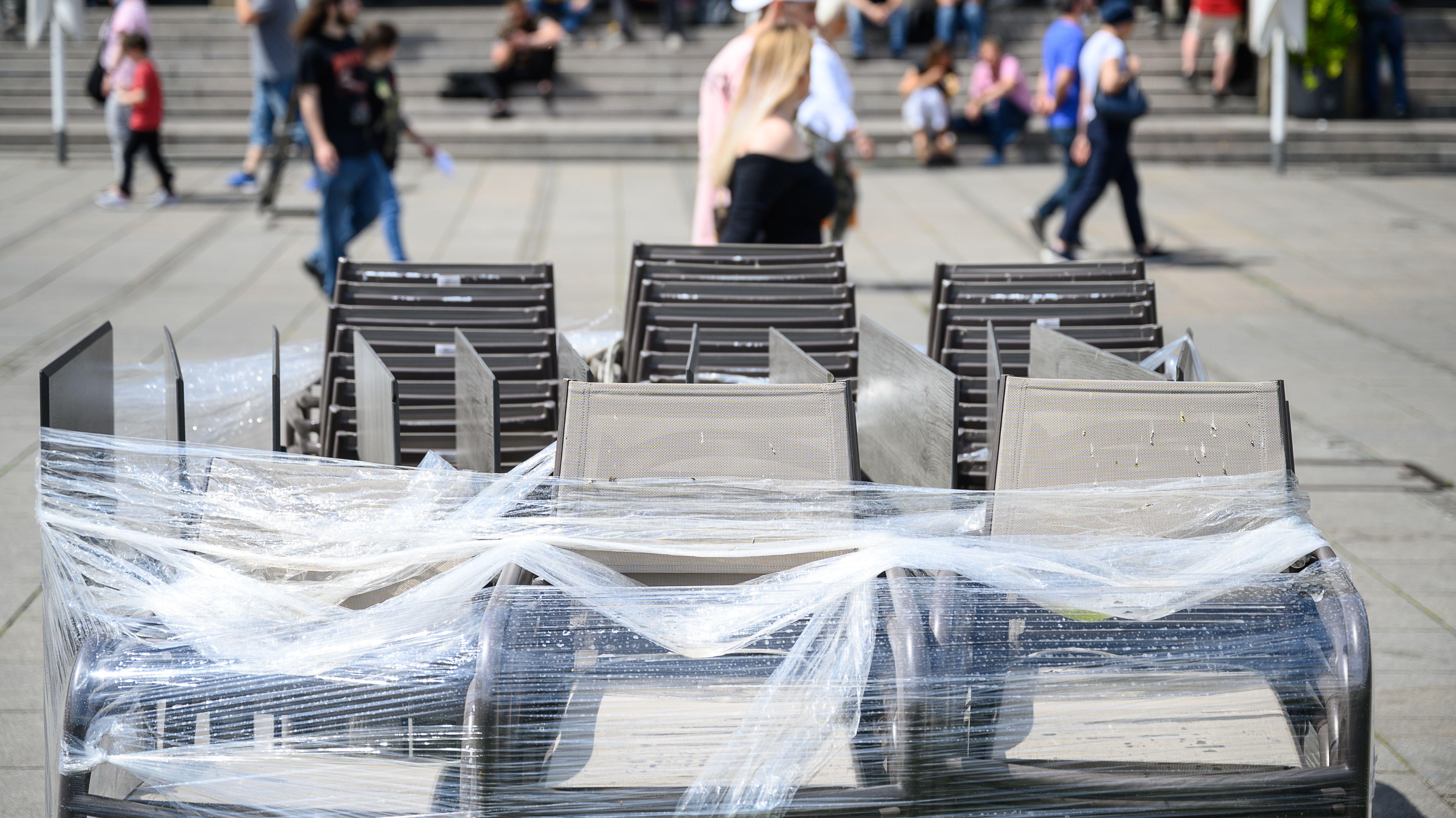 Abgedeckte Tische in Stuttgart