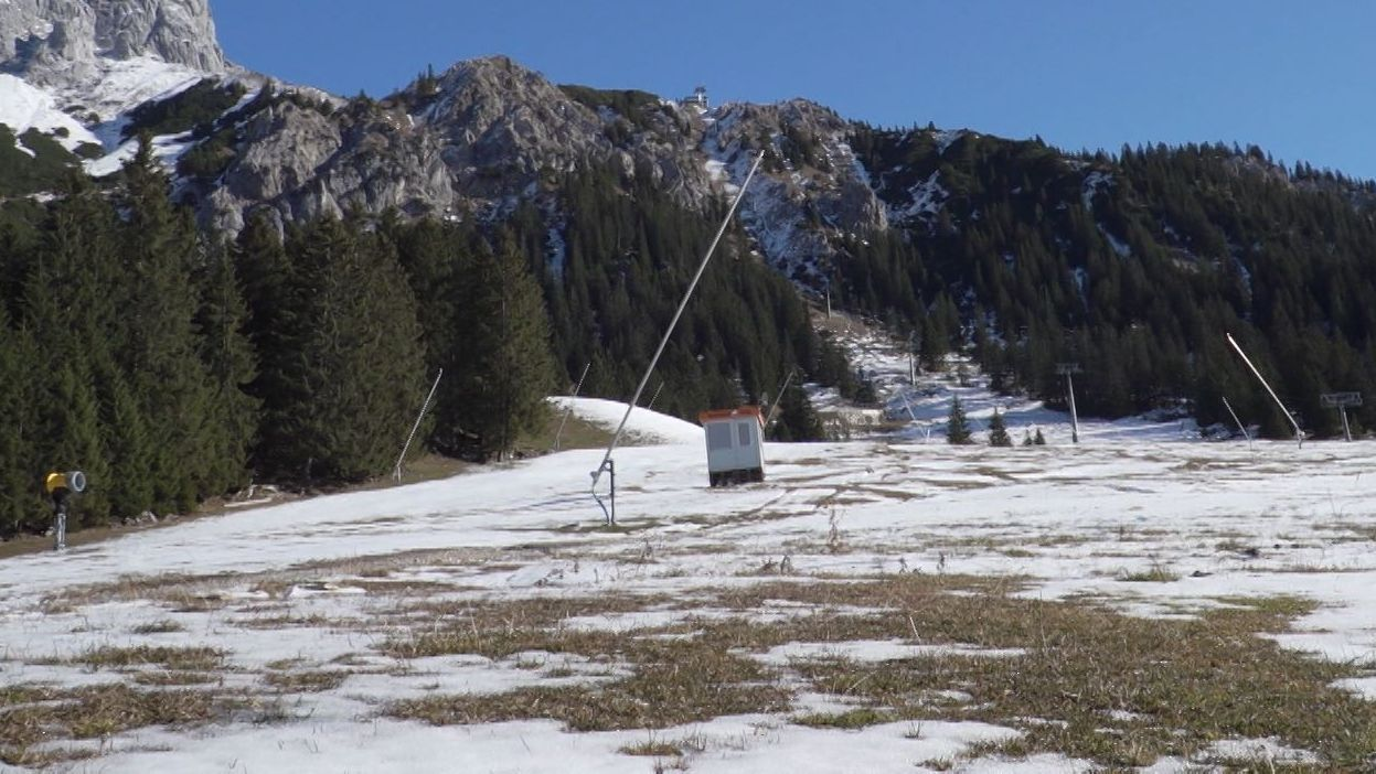 Hier könnten Schneemaschinen ohne Gäste laufen