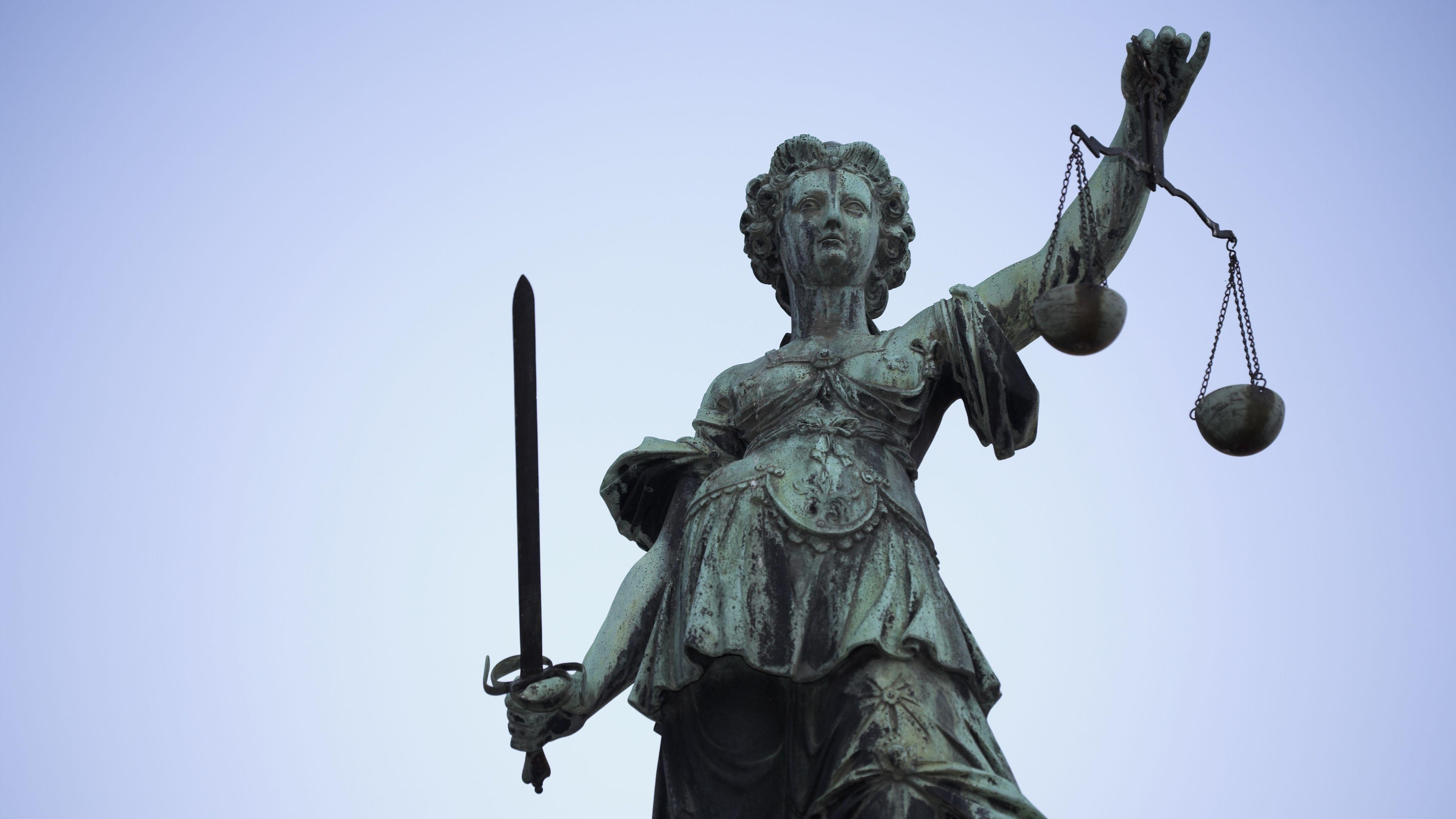 Figur der Justizia (Symbolbild)