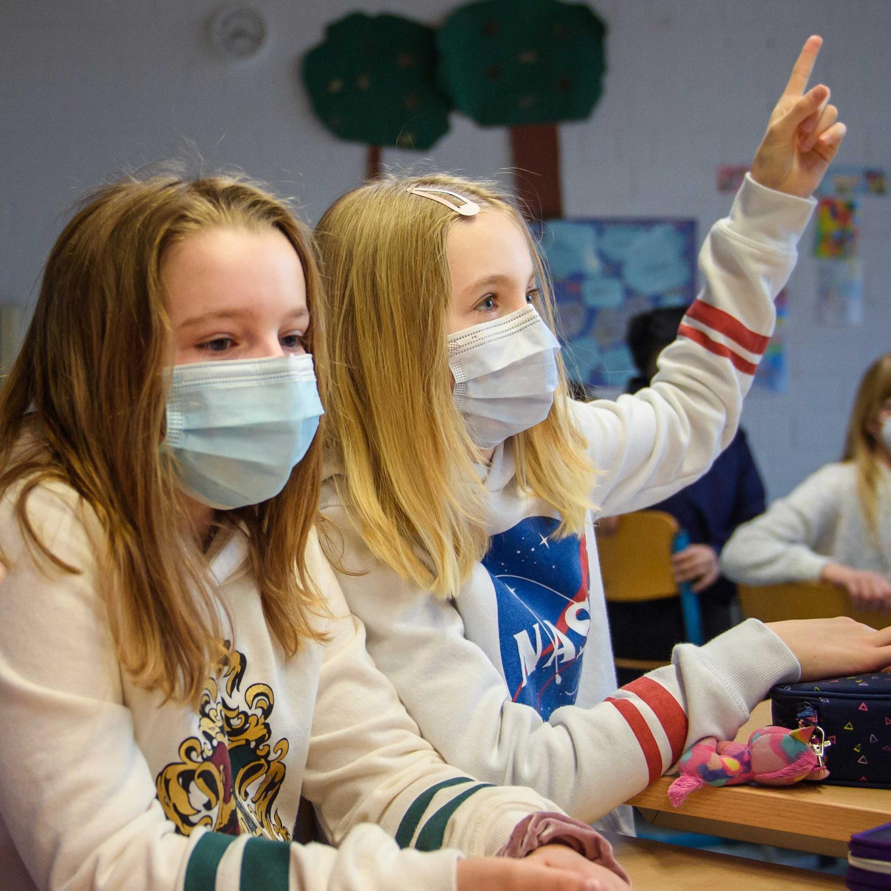Kinder in Gefahr - Immer mehr stecken sich mit dem Corona-Virus an