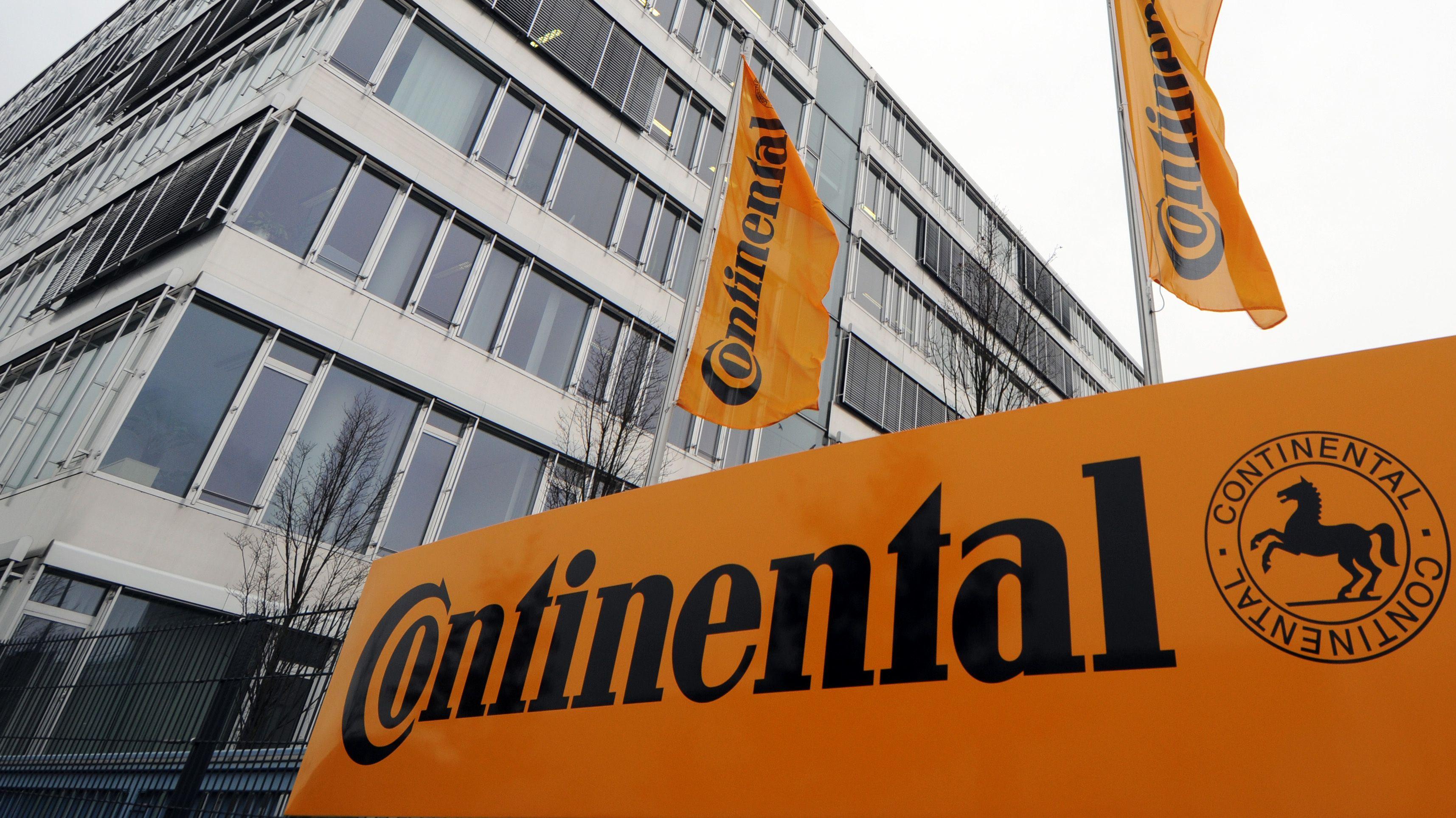 Das Continental-Werk in Regensburg. Von insgesamt Conti-Mitarbeitern an diesem Standort arbeiten rund 2.500 im Bereich Powertrain.