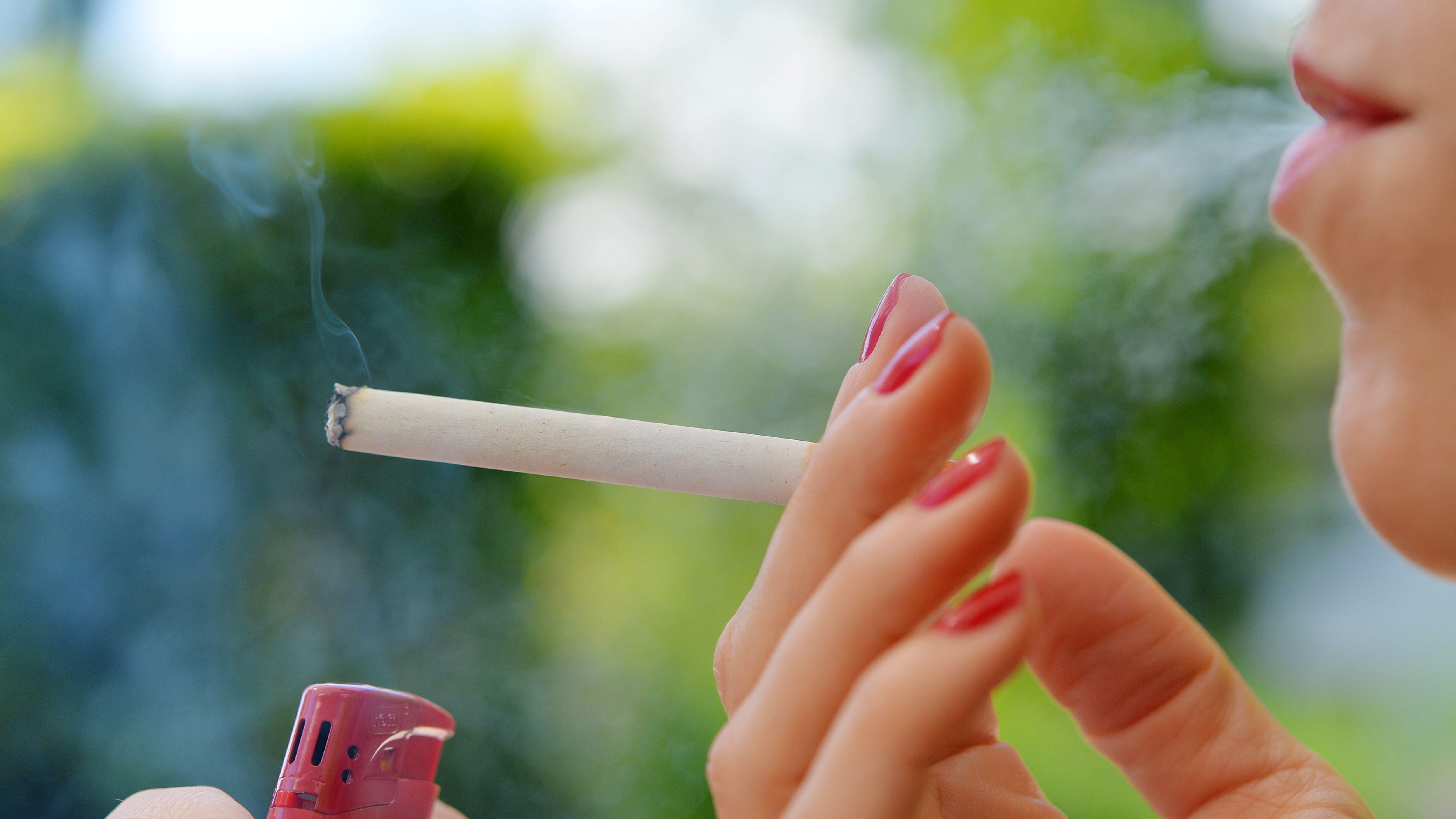 Rauchen (Symbolbild)