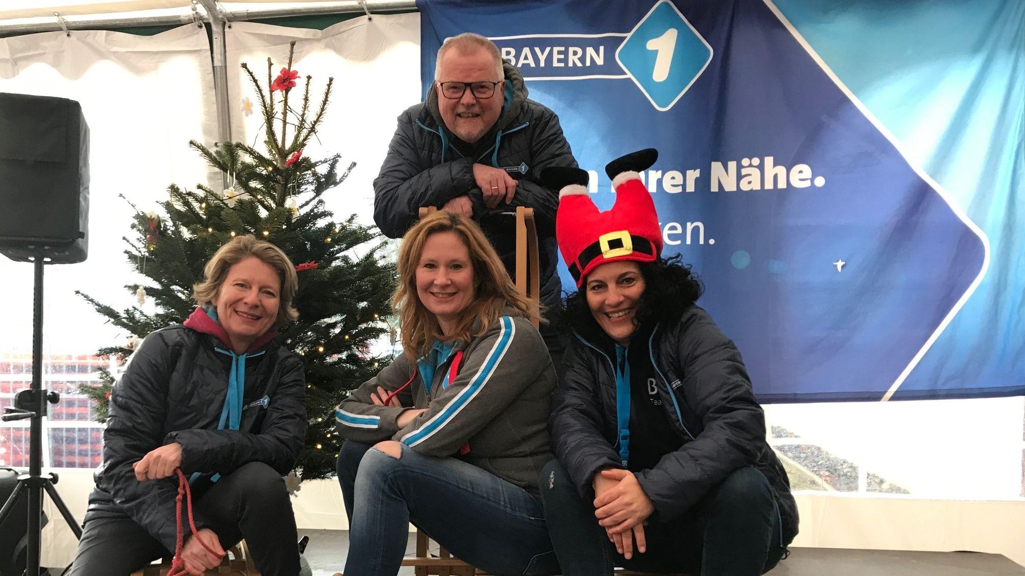 Das BR-Mainfranken-Team bei der Mainfrankentour in der Thüringer Hütte in der Rhön