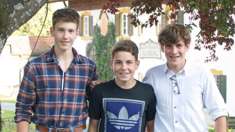 Drei Freunde im Jagdkurs: Johannes, Benedikt und Georg aus Penzberg