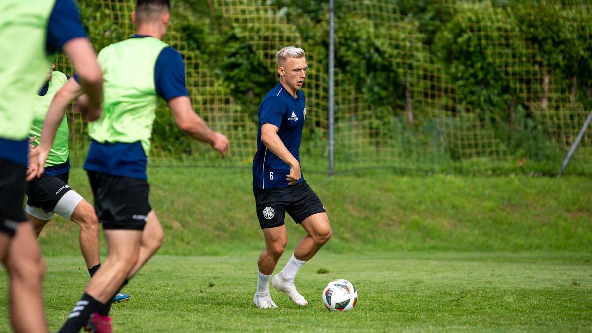 Ist ab sofort für die SpVgg Bayreuth am Ball: Mittelfeldspieler Benedikt Kirsch.