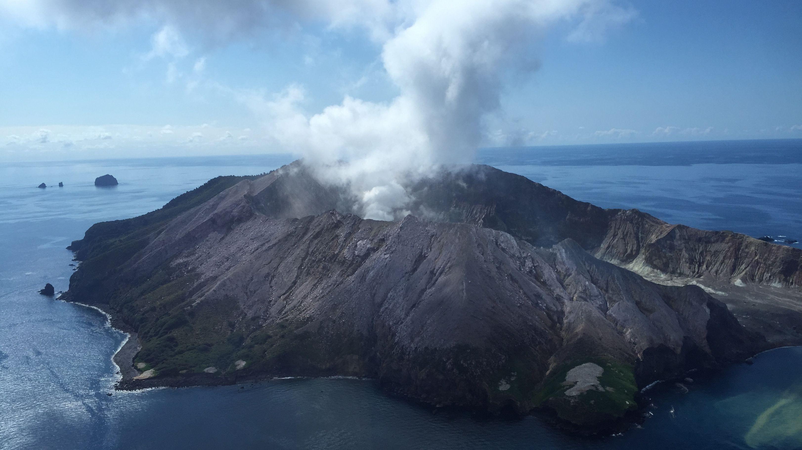 Der Vulkanausbruch auf der Neuseeländischen Insel White Island überraschte die Besucher der Insel.