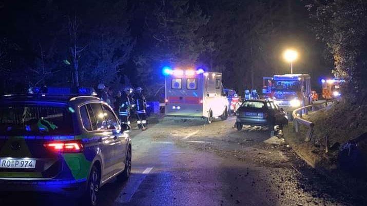 Polizeieinsatz nach illegalem Autorennen am Walchensee.