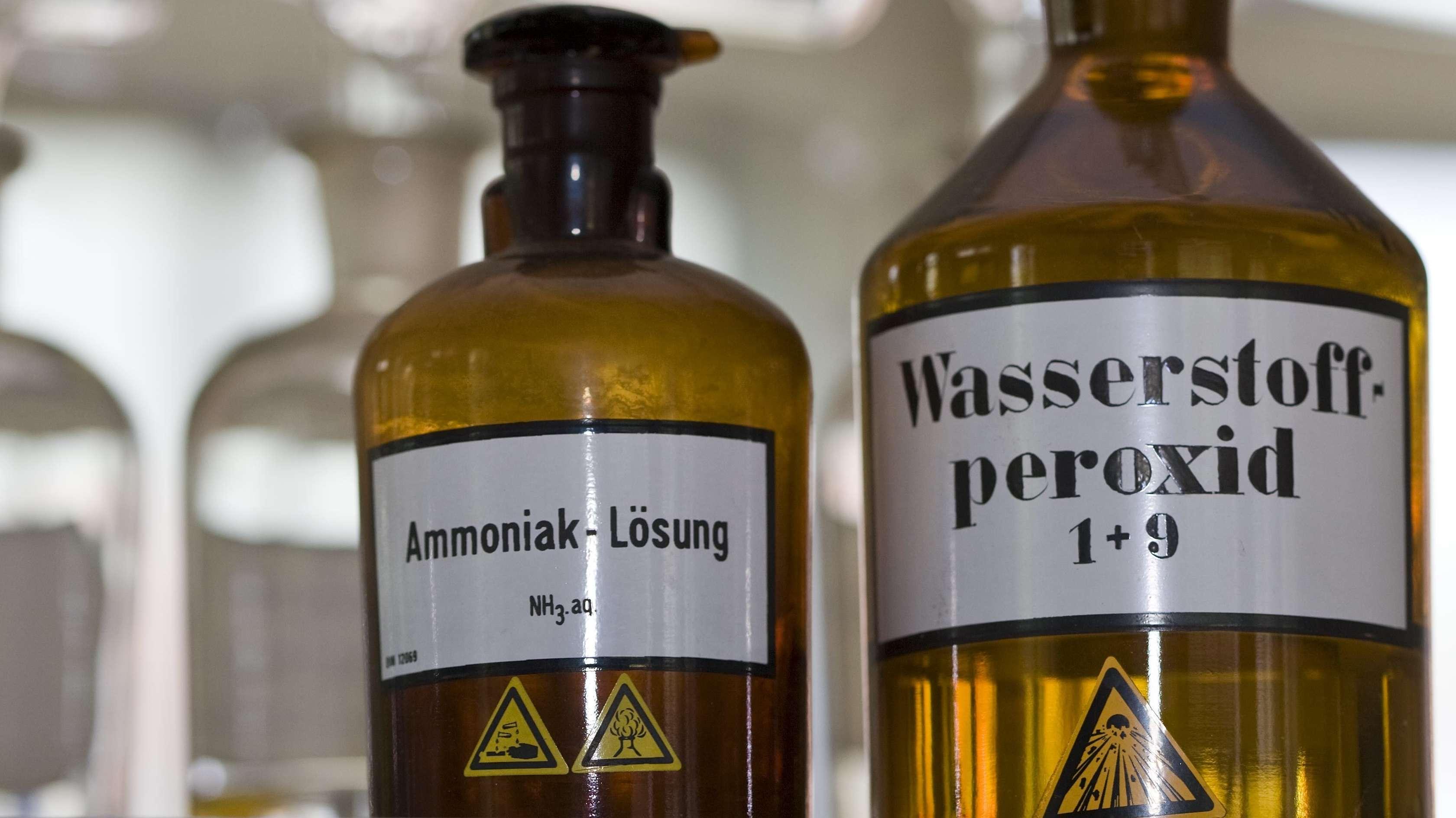 Ammoniak reizt Augen und Atemwege