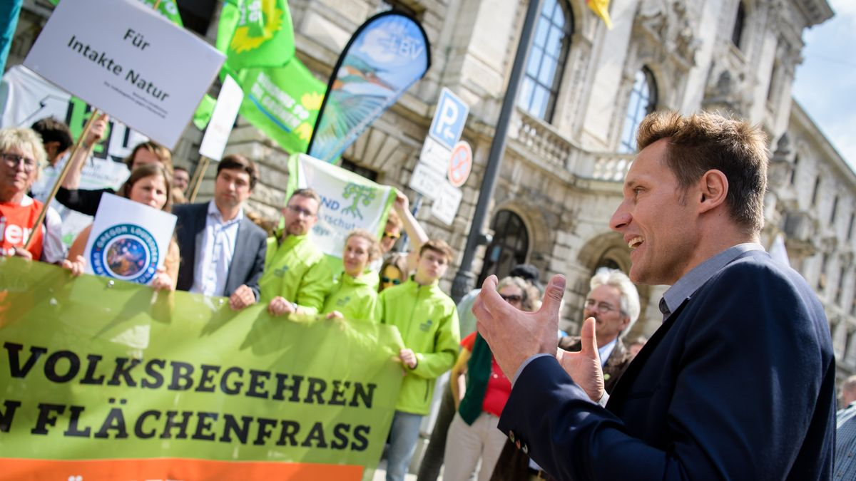 2018 scheiterten die Grünen noch mit einem Volksbegehren zum Flächenfraß.