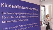 Schirmherrin  Karin Baumüller-Söder bei der Vorstellung der neuen Kinderklinik in Nürnberg. | Bild:BR