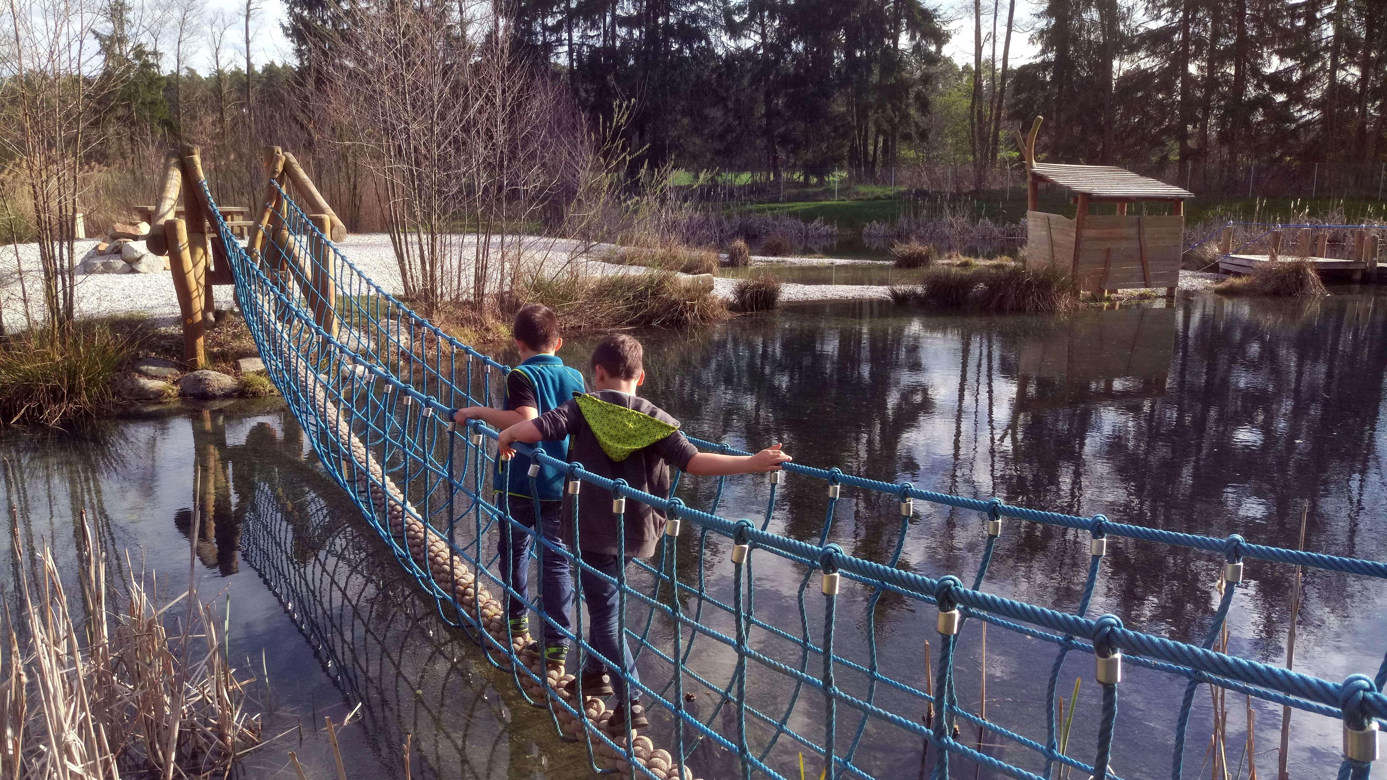 Mehr als 60.000 Besucher lockt der Erlebnispark Wasser-Fisch-Natur am Murner See in Wackersdorf jeden Sommer an.
