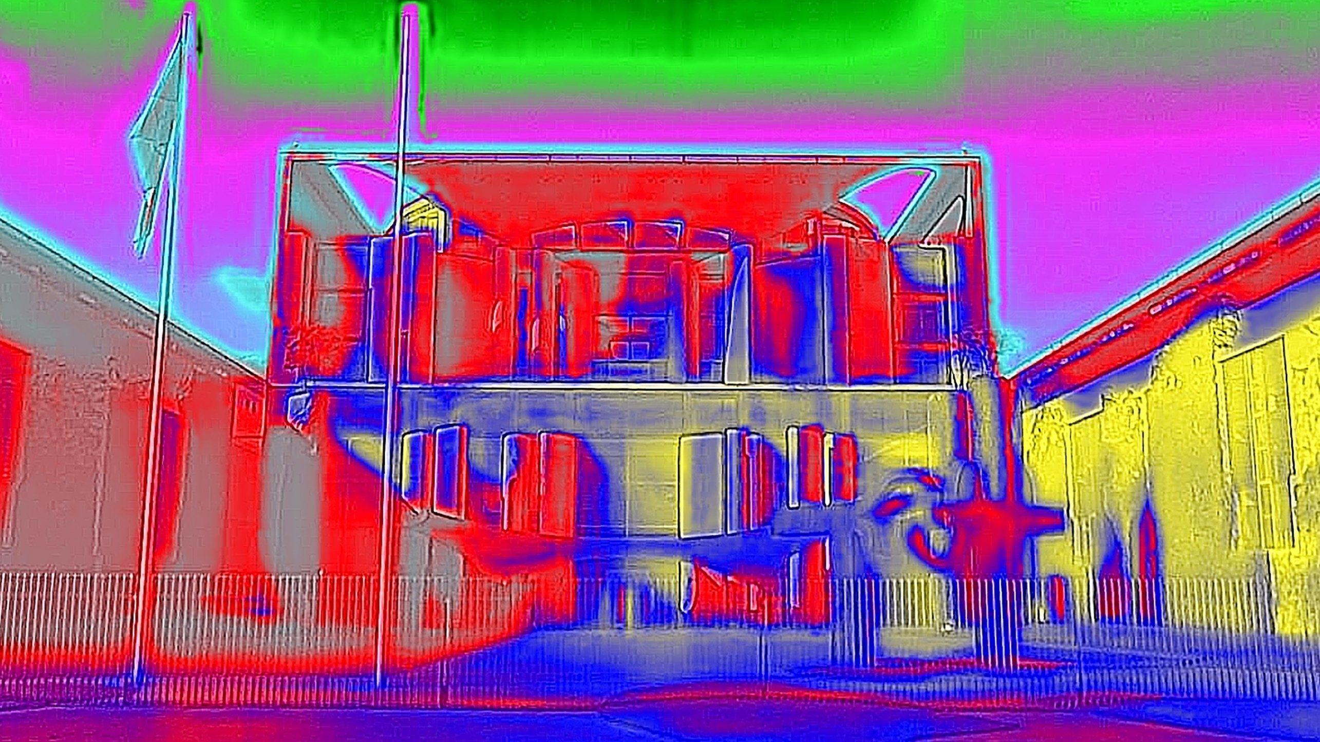 Das Thermobild zeigt das Bundeskanzleramt als Wärmebildaufnahme