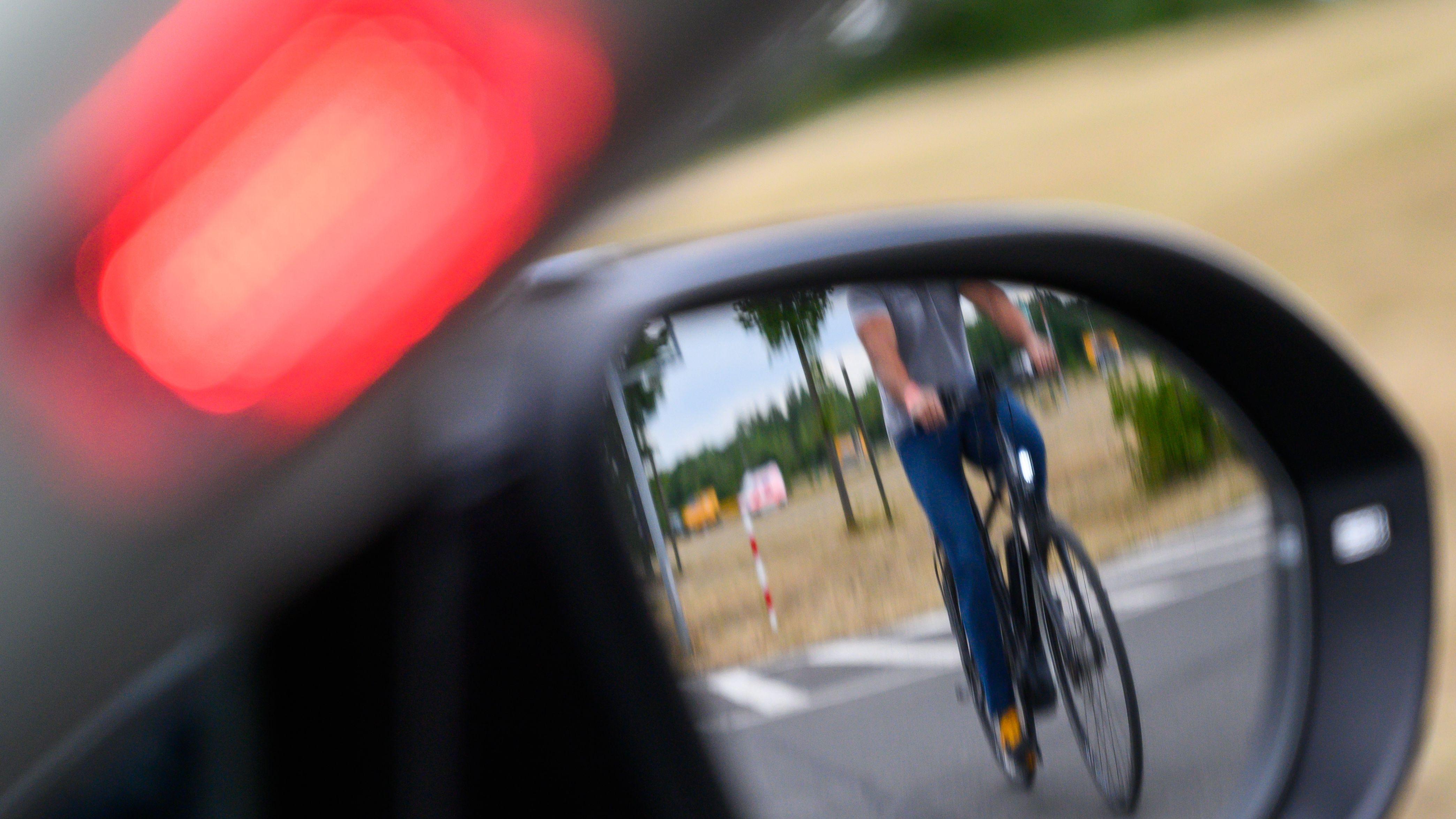 Abbiegeassistent in einem Auto