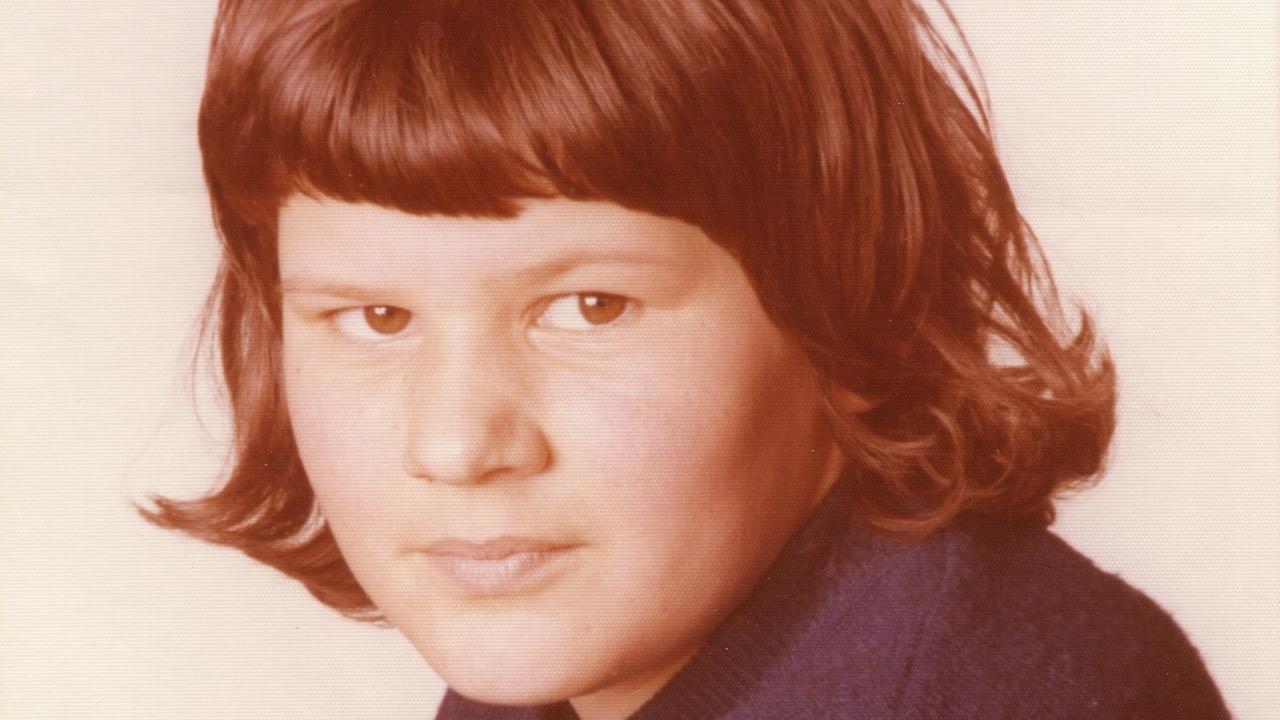 Die damals 12-jährige Monika Frischholz ist bereits vor 43 Jahren verschwunden. Jetzt sollen neue Hinweise bei der Suche helfen.