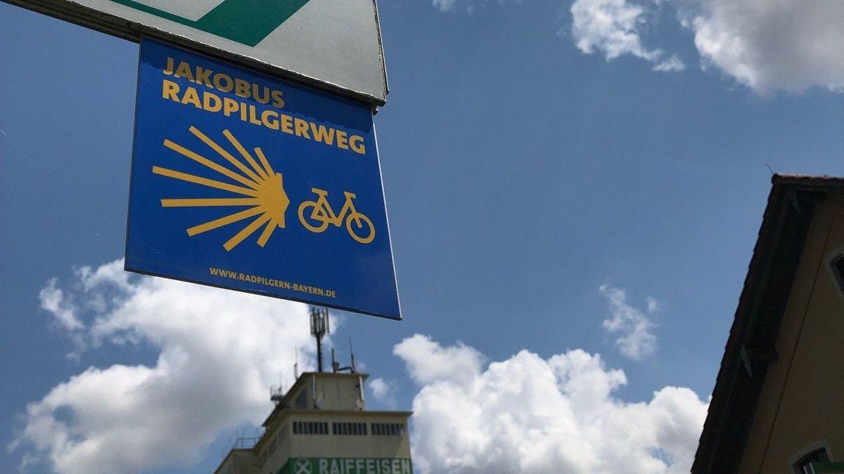 In Bayern gibt es sogar einen ausgeschilderten Pilger-Radweg.