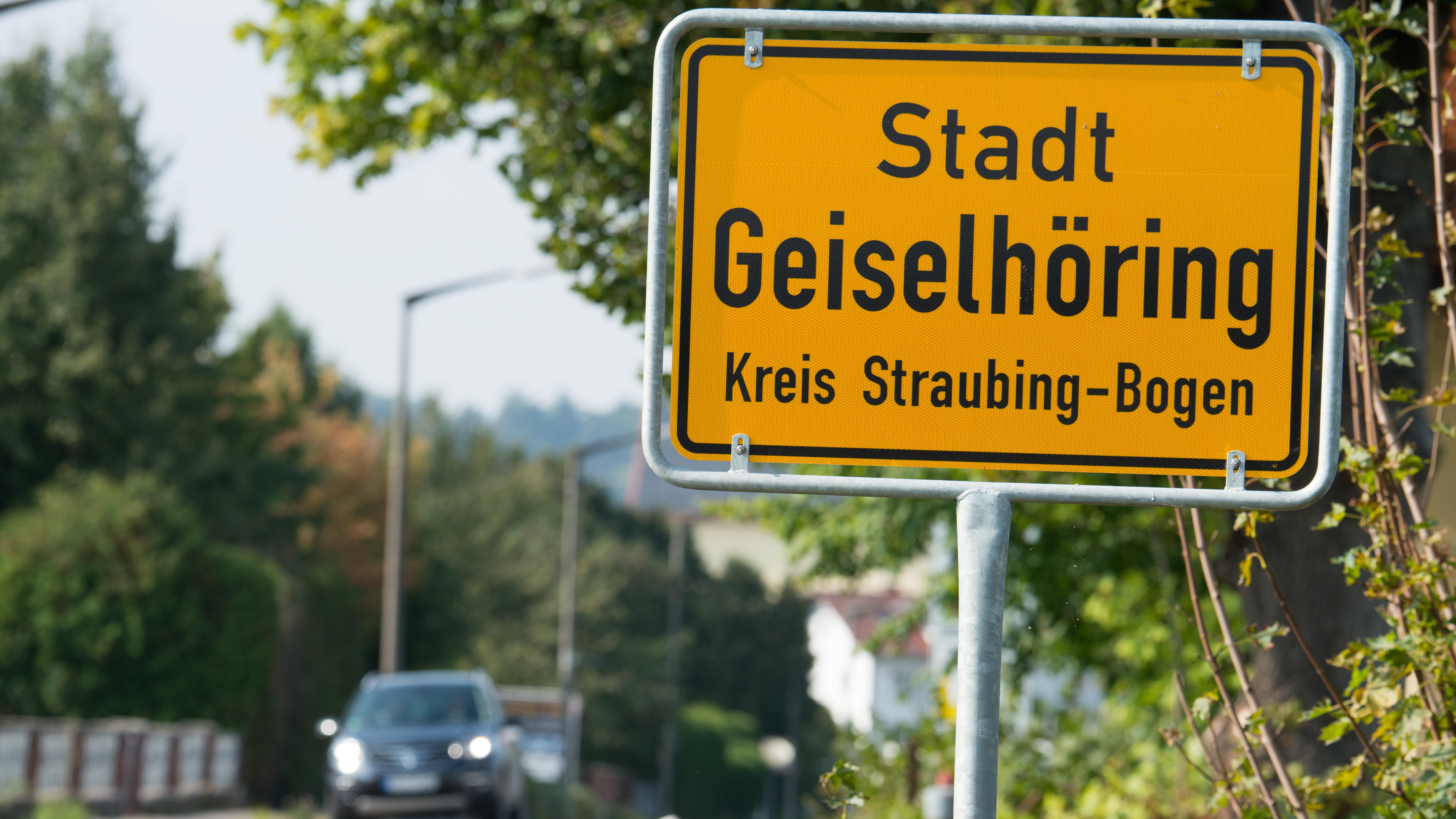 Die Kommunalwahlen 2014 in Geiselhöring mussten wiederholt werden, weil Hunderte Erntehelfer ohne Wahlberechtigung ihre Stimme abgegeben hatten.