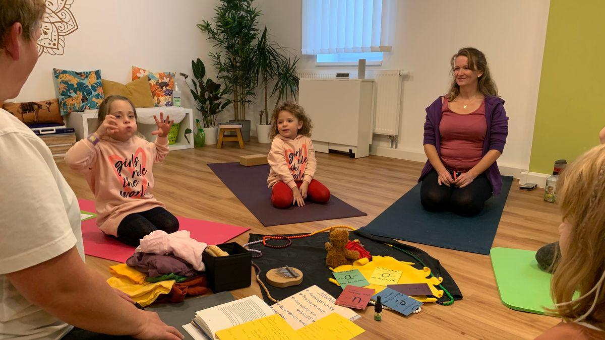 Kinder-Yoga in Plattling