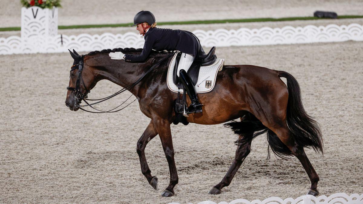 Jessica von Bredow-Werndl und Dalera bei Olympia