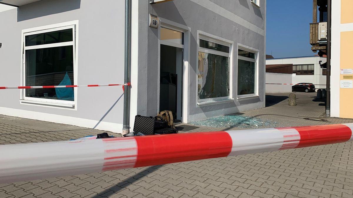 Gesprengter Geldautomat in Schwarzenfeld.