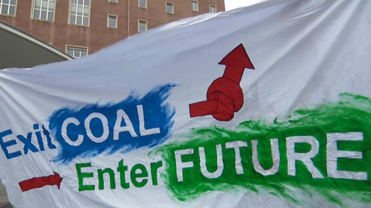Ein Banner der Fridays-for-Future-Aktivisten in Erlangen