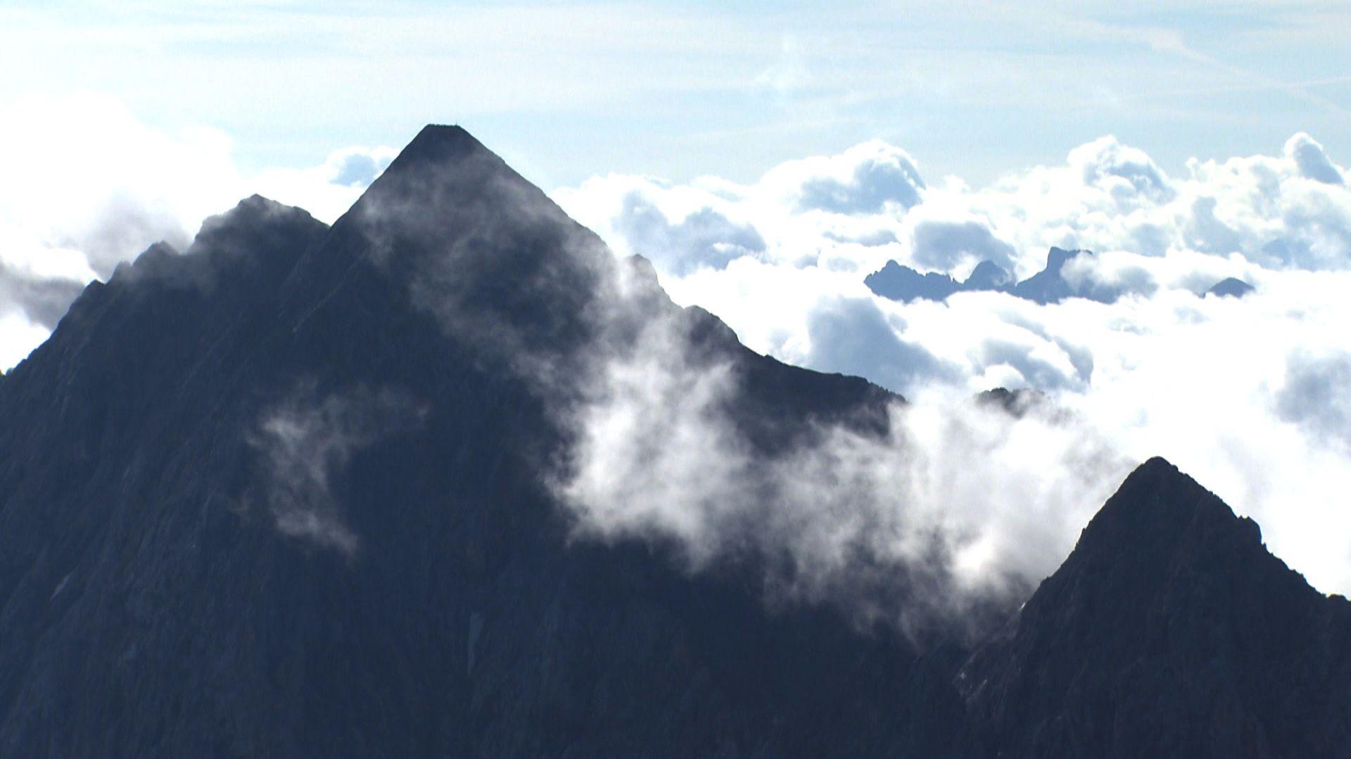 Wolken über dem Wettersteingebirge