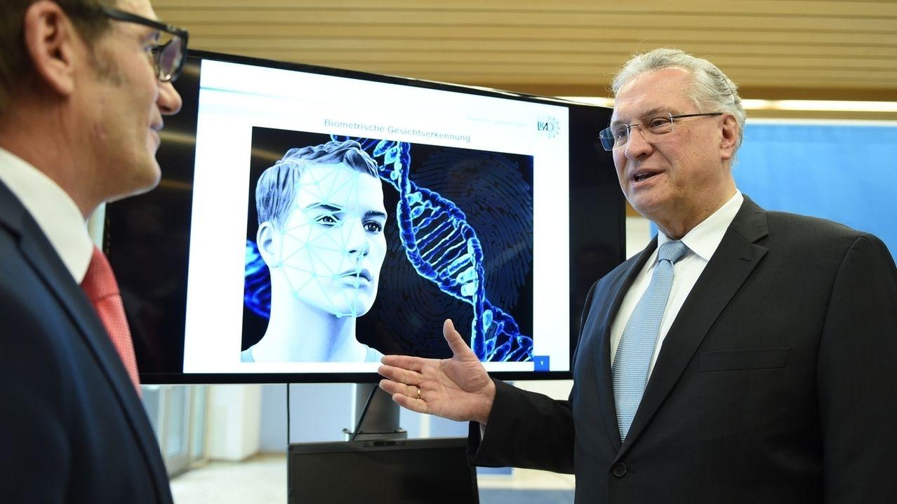 Pressekonferenz zu biometrischer Gesichtserkennung