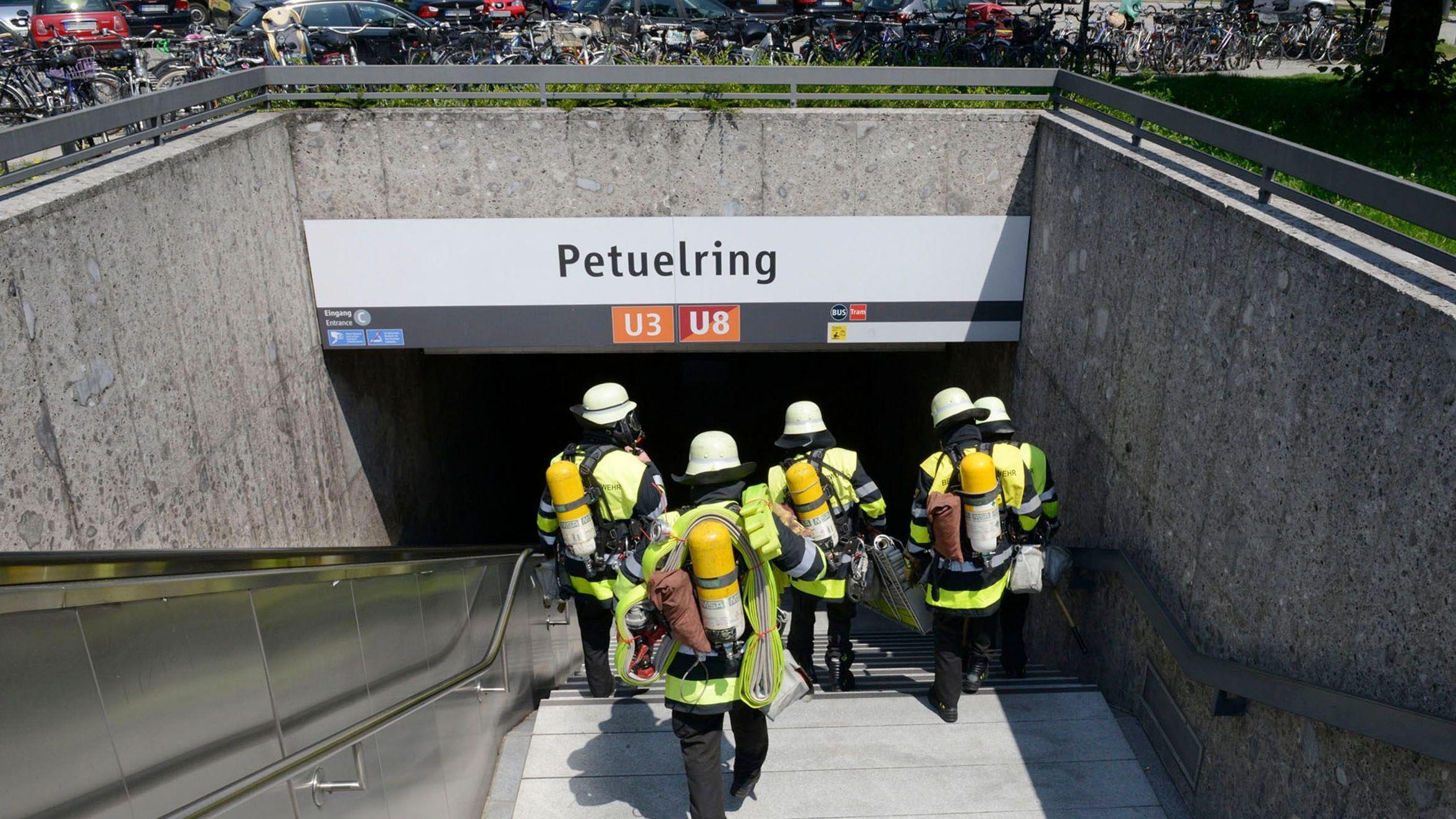 Petuelring: Feuerwehreinsatz.