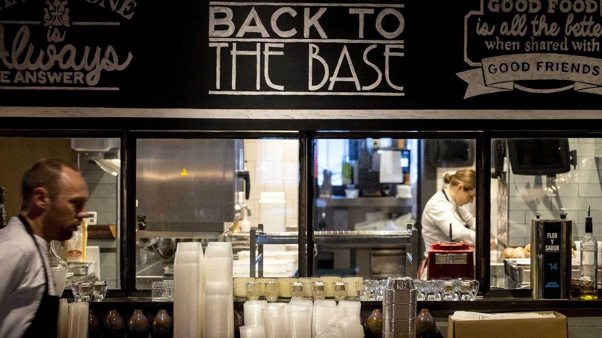 Personal ist in der Gastronomie nach dem vergangenen Pandemie-Jahr rar. (Symbolbild)