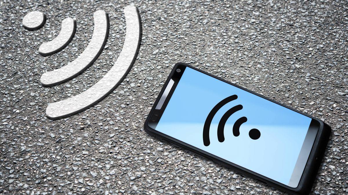 Smartphone mit WLAN-Symbol.
