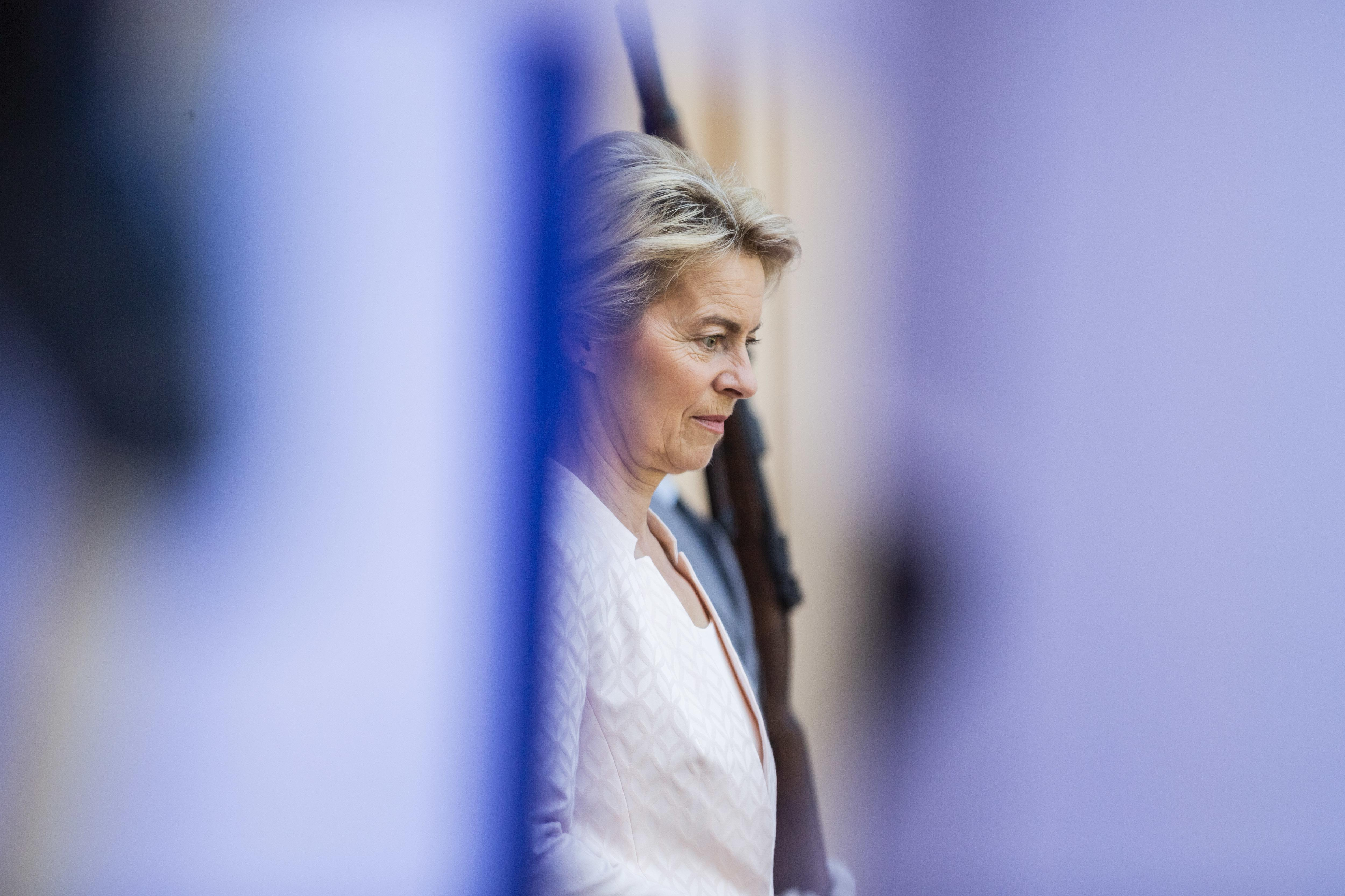 Von der Leyens Nachfolgerin: CDU-Chefin Kramp-Karrenbauer wird Verteidigungsministerin