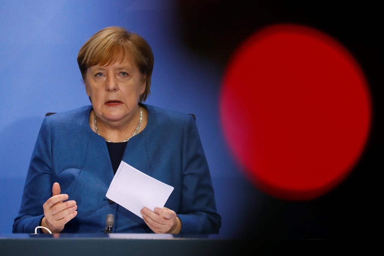 28.10.2020, Berlin: Bundeskanzlerin Angela Merkel (CDU) spricht während einer Pressekonferenz im Kanzleramt nach einem Treffen mit den Ministerpräsidenten der Länder zum weiteren Vorgehen in der Corona-Pandemie. Foto: Fabrizio Bensch/Reuters Pool/dpa +++ dpa-Bildfunk +++