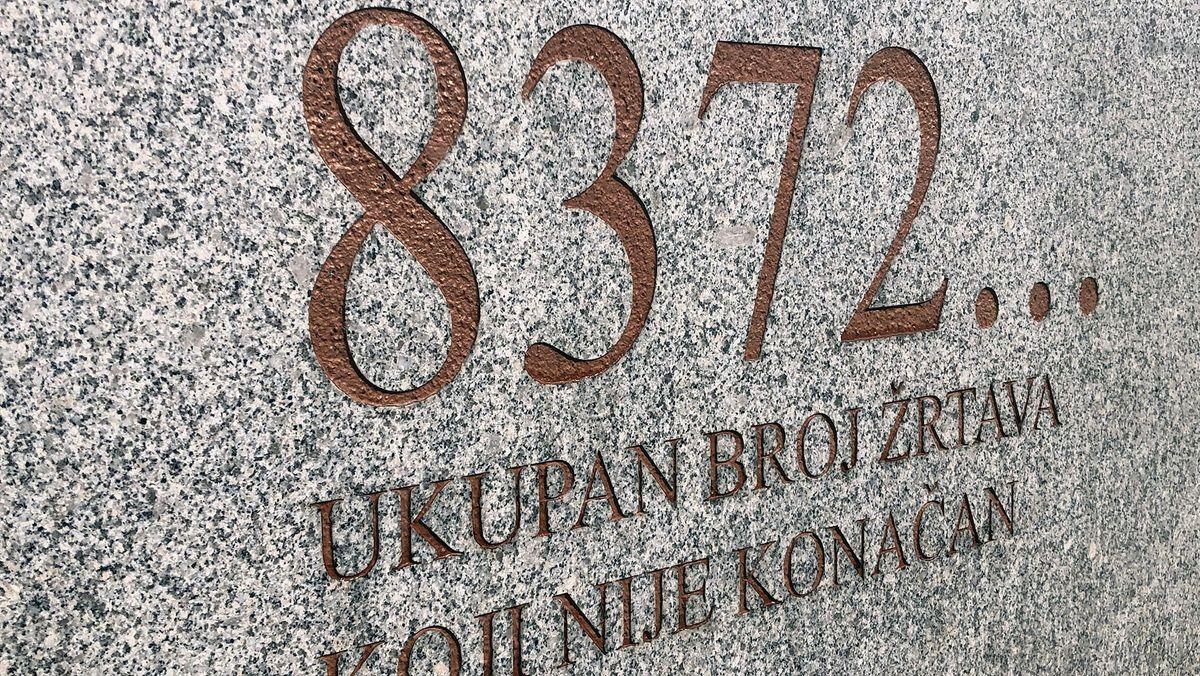 Srebrenica Potocari Gedenkstein