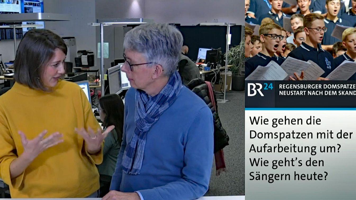 BR24-Webchannel-Moderatorin Karen Bauer im Gespräch über die Recherchen zur Doku mit Autor Eckhart Querner.
