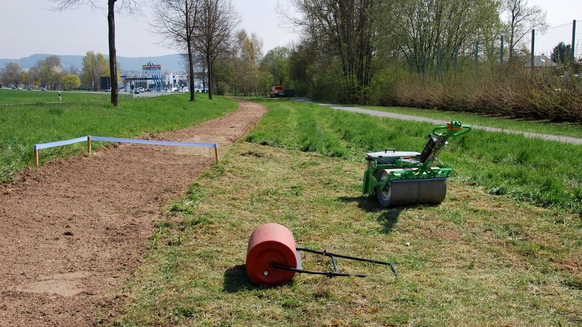 Erster Bienen-Highway bei Mainleus: Der Blühstreifen ist bereit für die Aussaat