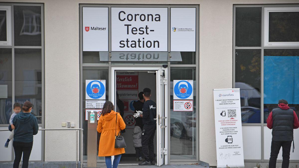 Corona-Teststation in Haar bei München, aufgenommen am 23.10.20.