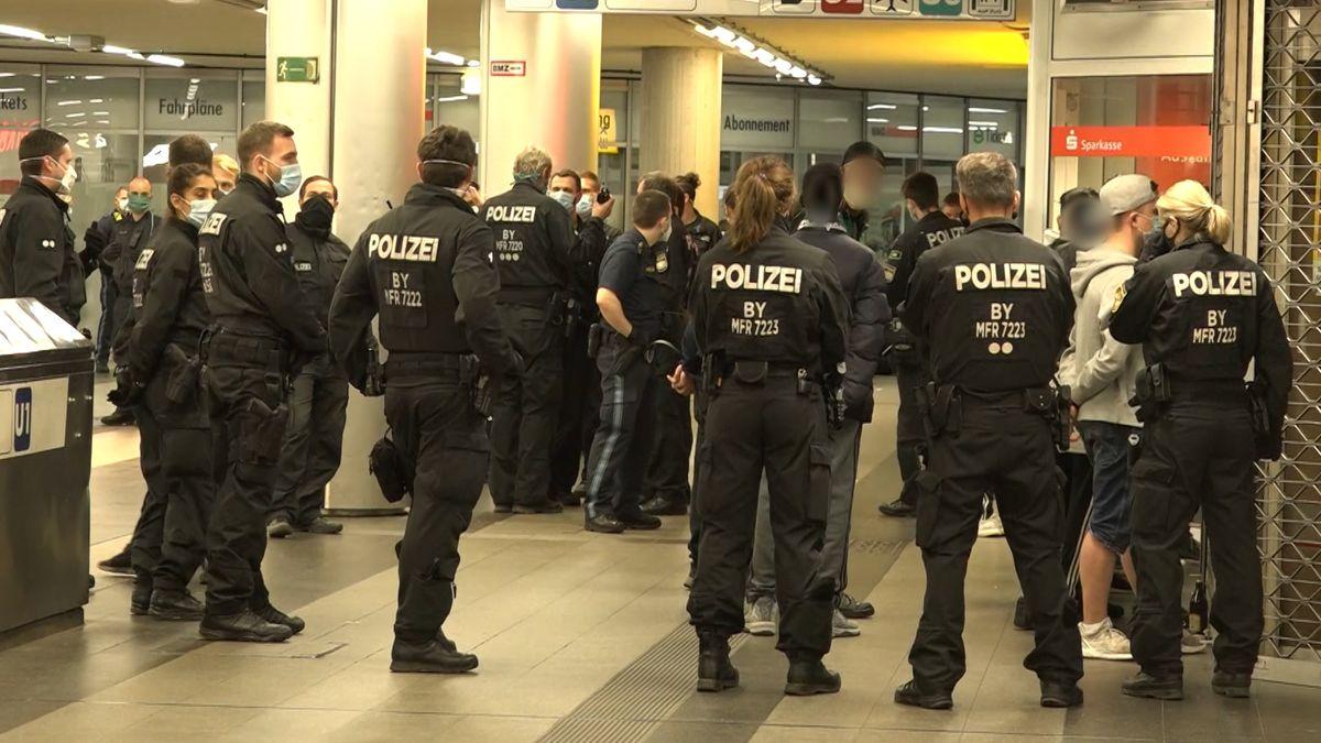 Massenschlägerei von Jugendlichen: Mehr als 40 Polizisten im Einsatz am Nürnberger Hauptbahnhof