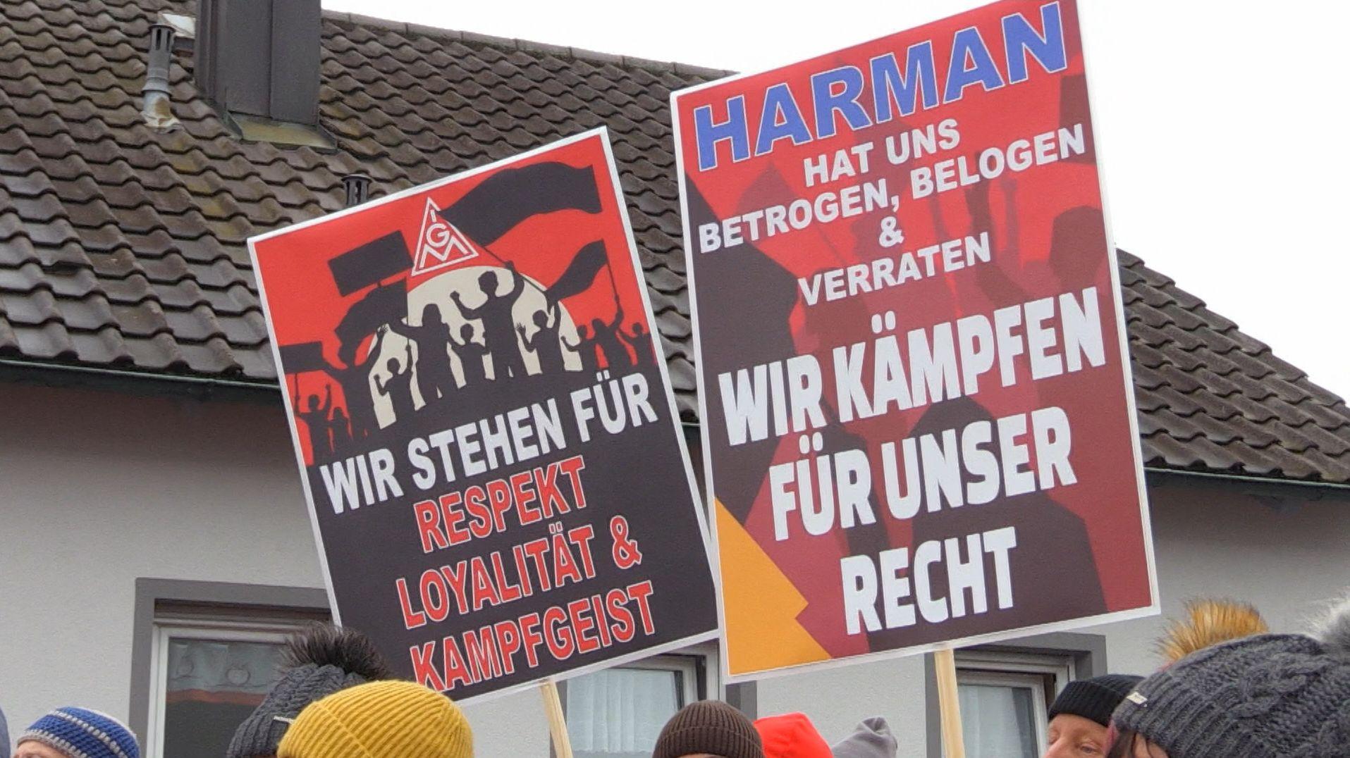 Es gibt Hoffnung für die Beschäftigten des Autozulieferers Harman in Straubing. Der Konzern will den Standort in Niederbayern noch heuer schließen. Es wird womöglich von einem Investor übernommen.