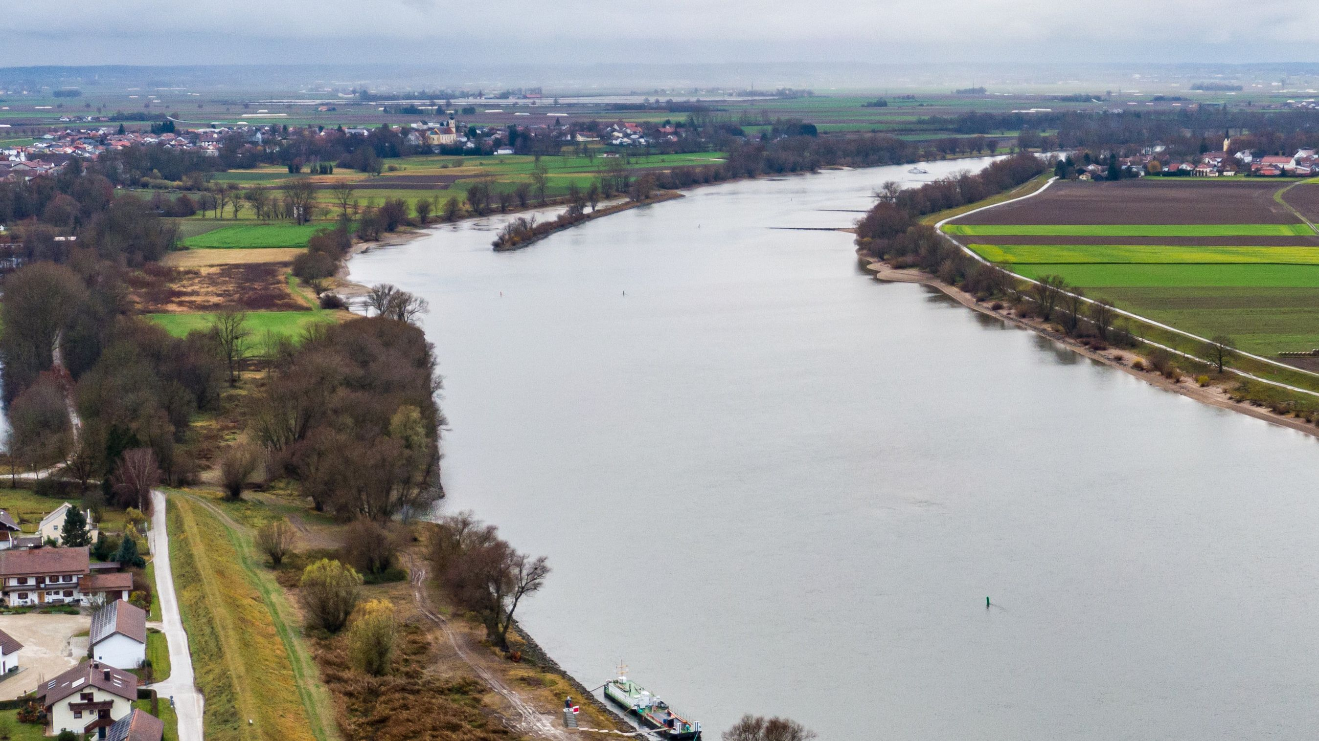 Die Donau bei Mariaposching